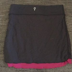 Ivivva by Lululemon reversible athletic skirt 6